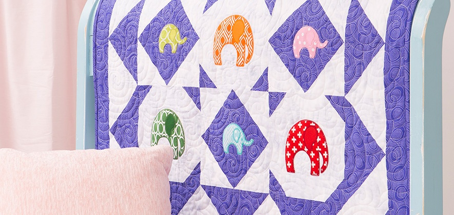 55373-elephants-lifestyle