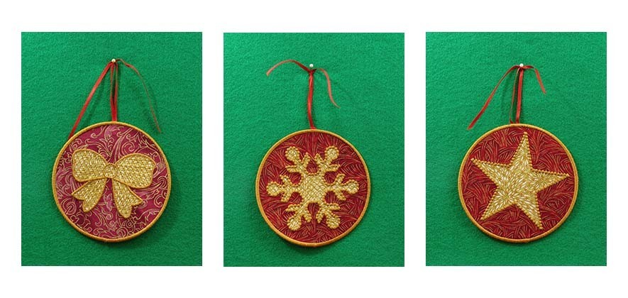 00a Red Ornaments