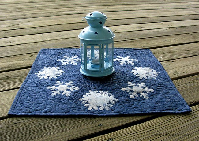 AccuQuilt GO! Snowflake die table topper