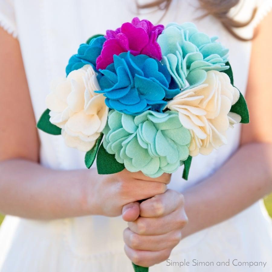 DIY Felt Bouquet