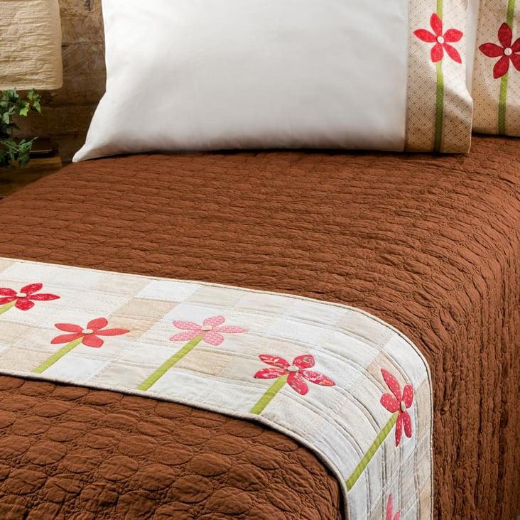 Brilliant Quilted Bed Runner Download Free Architecture Designs Scobabritishbridgeorg
