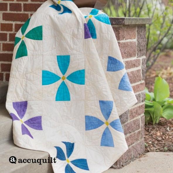 Flowering Snowball Modern Quilt Pattern