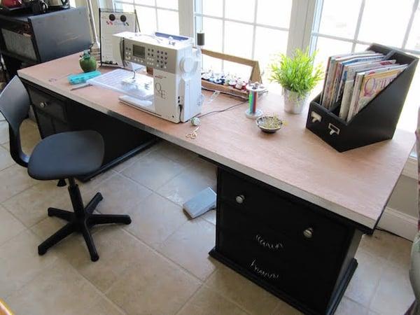 sew many ways desks_103