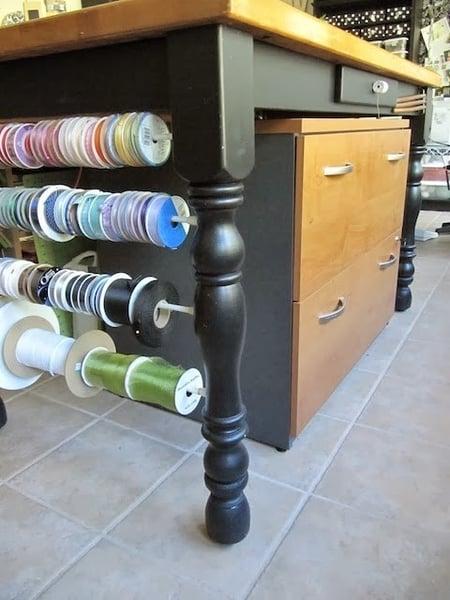 sew many ways desks_112
