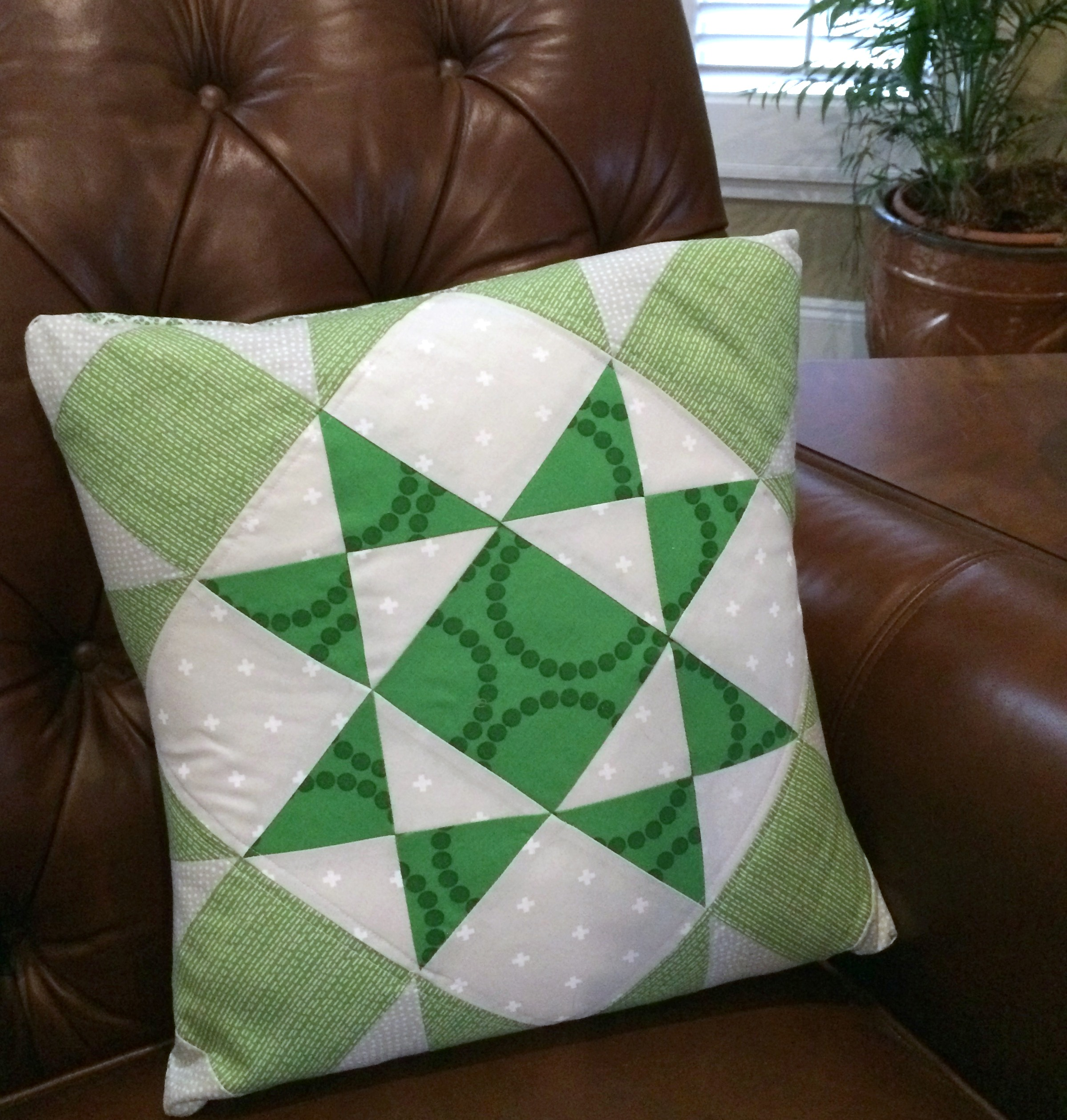 ohio-star-march-quilt-pillow-pattern-free