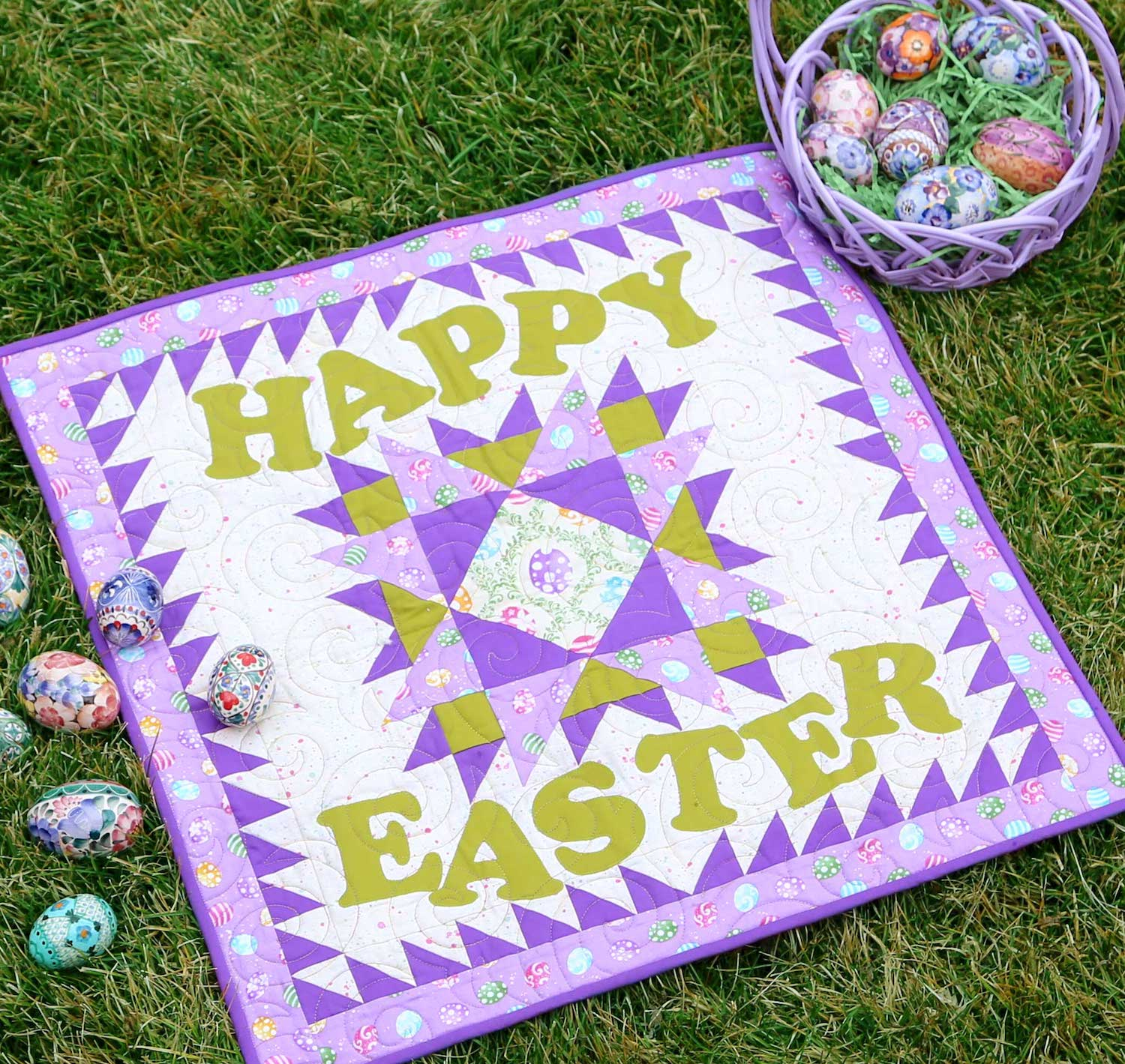 PQ11600-happy-easter-throw-quilt-lifestyle-WEB-blog