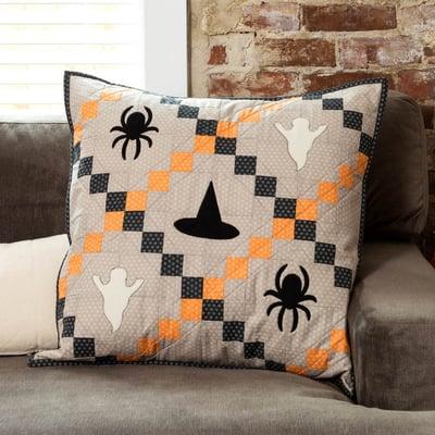 PQ11615-fright-night-pillow-lifestyle-1500x1500-1