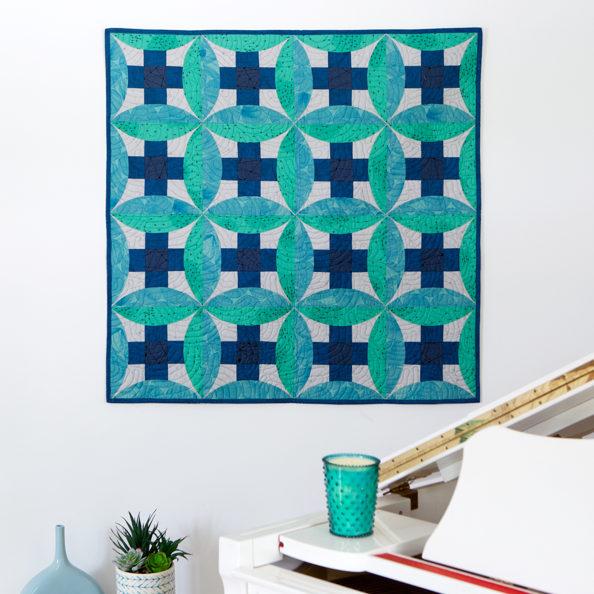 PQ11641-curved-nine-patch-throw-quilt-lifestyle-1500x1500-blog
