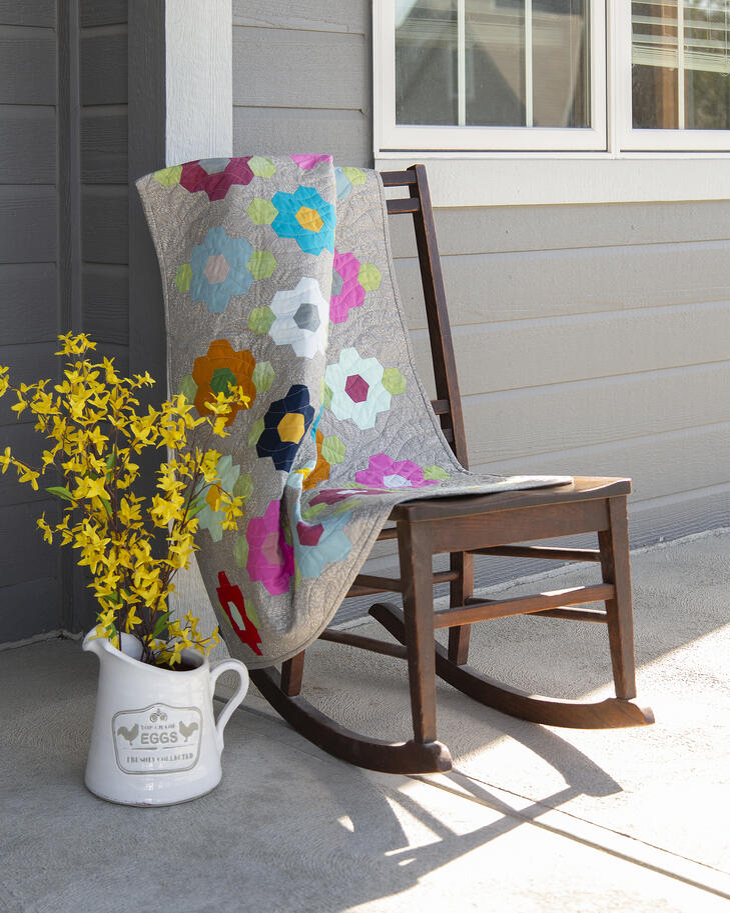 PQ11723-Hexagon-Gardens-Throw-lifestyle-WEB