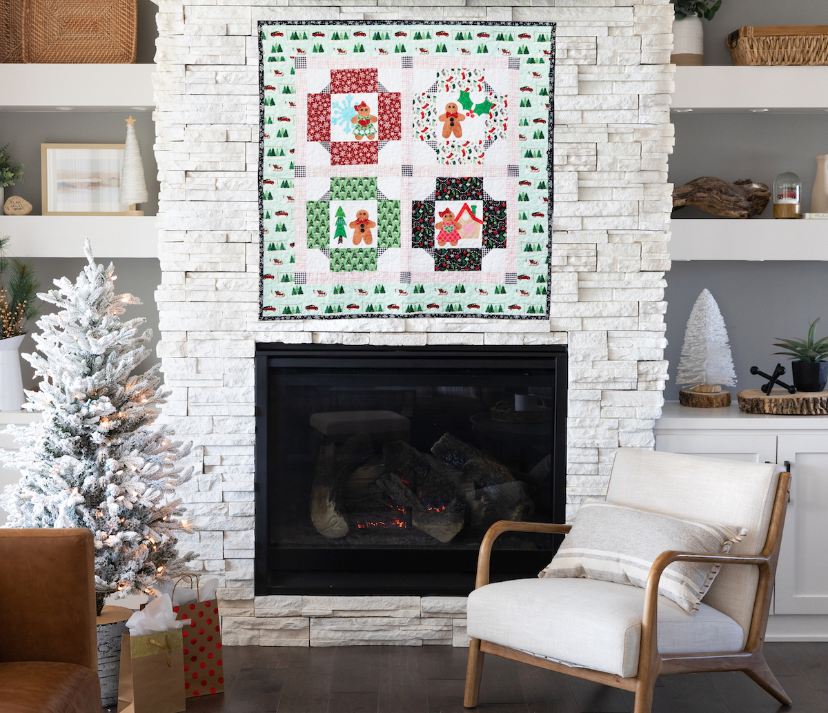 PQ11764 GO Cozy Gingerbread Wall Hanging_lifestyle_hor_HQBLOG