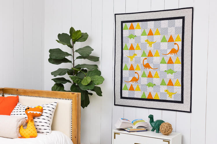 PQ11824_Dinosaur_Forest_Wall_Hanging_lifestyle_HQ_hor