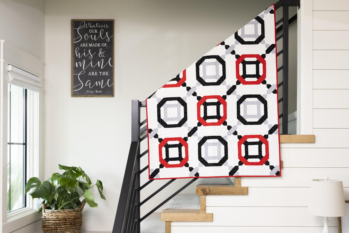 PQ11889-Intersections-Throw Quilt-lifestyle-hor-HQ