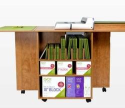 Quilt block center cutting cabinet