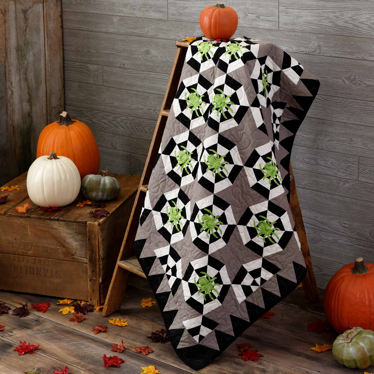 PQ11619-spinning-web-throw-quilt-lifestyle-1500x1500