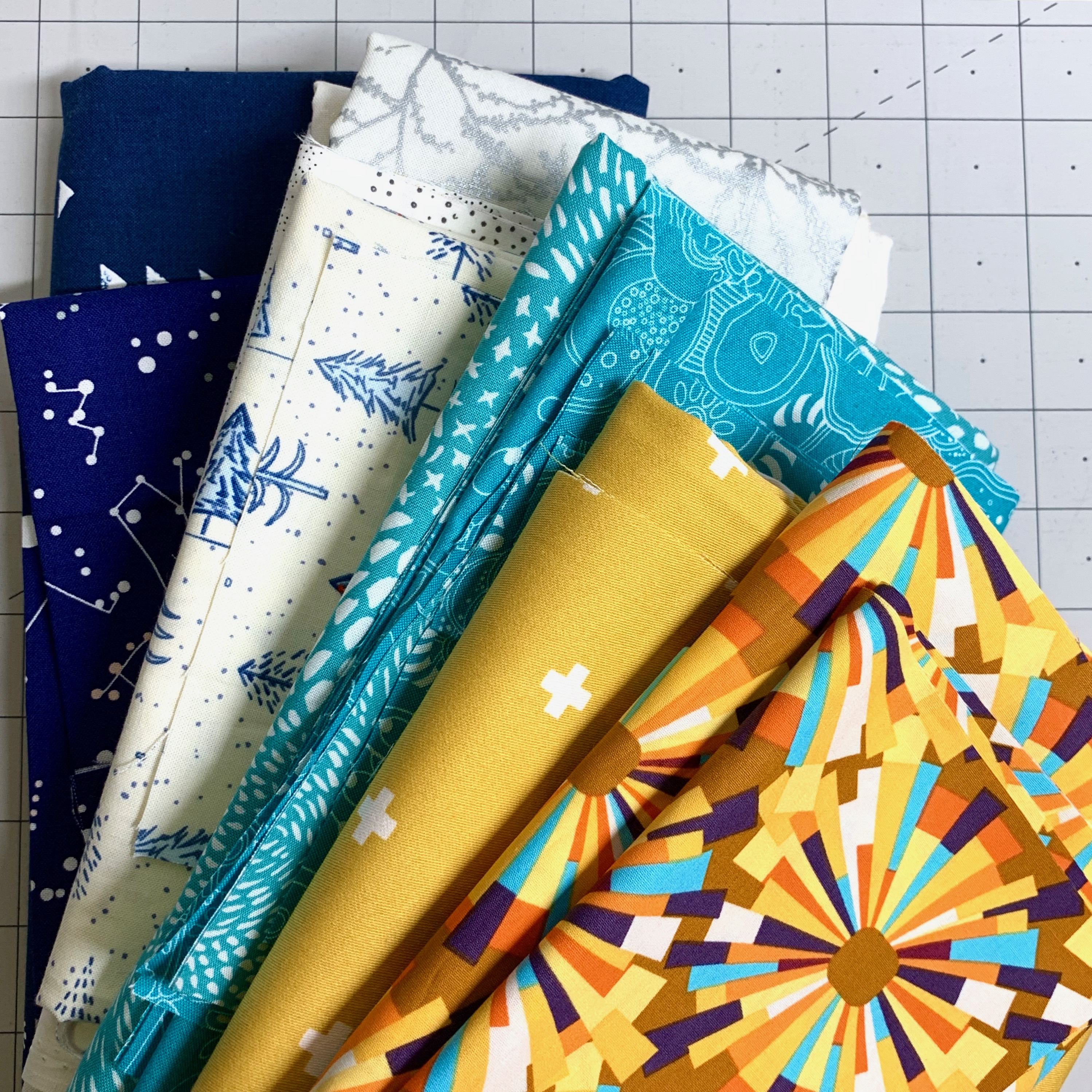 blue yellow white fabric bunches