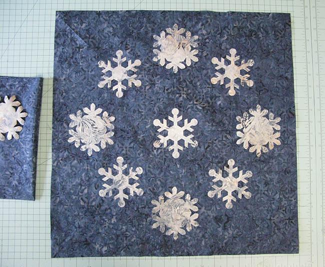 Snowflake Blues table topper Applique