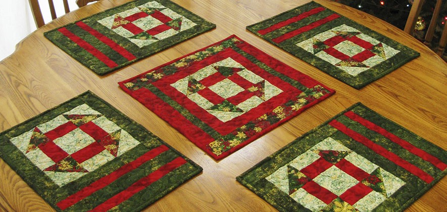 Tutorial for the placemats and table topper that are perfect for Christmas